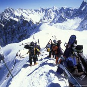 Challenge-Yourself-In-An-Adrenalin-Fueled-Skiing-At-Chamonix-Ski-Resort-Review-700x478