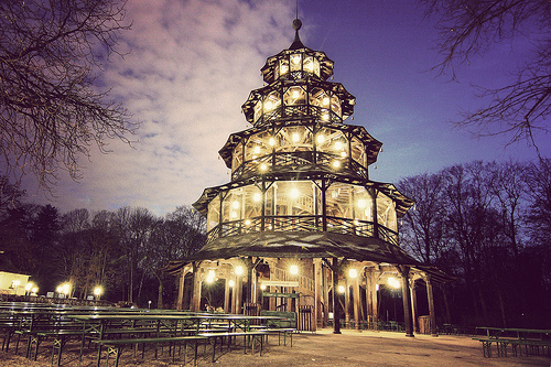 Chinesischer Turm beer garden