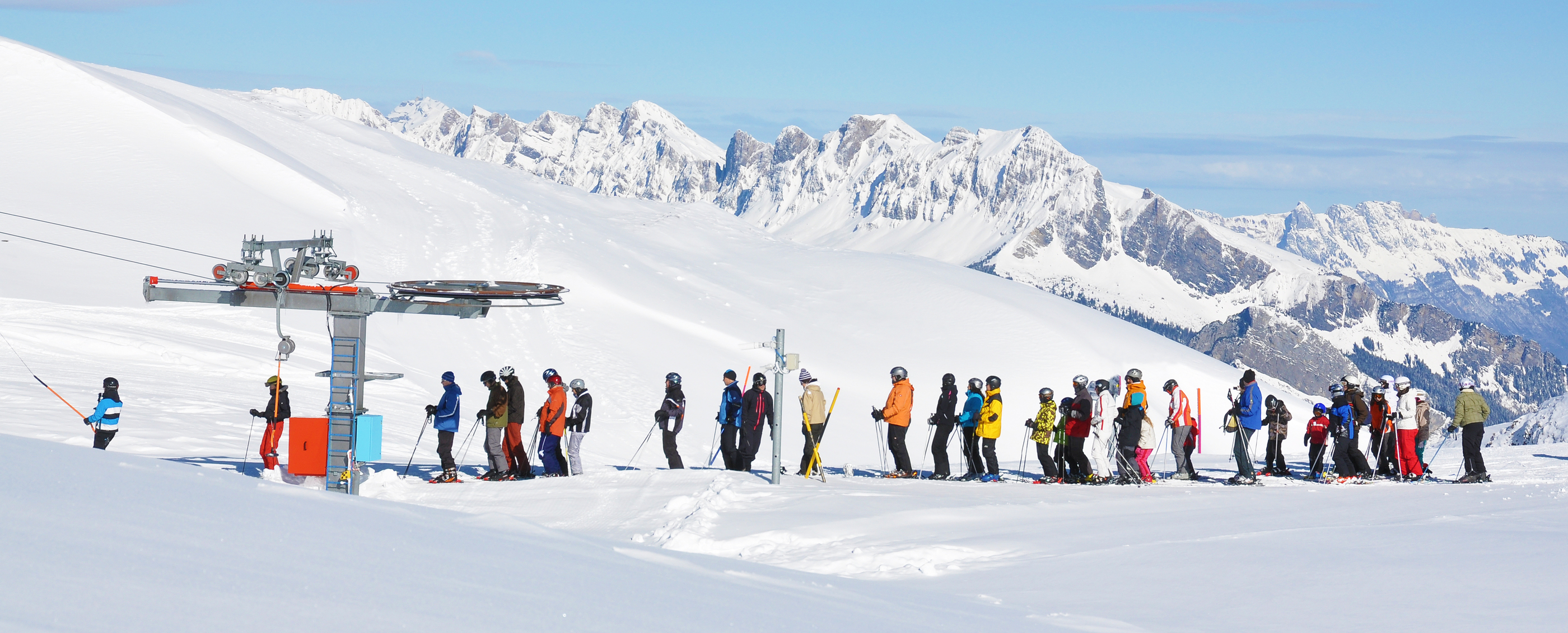 why skiing is better than snowboarding