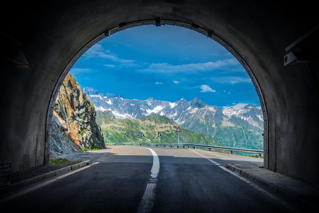 Scenic Swiss Alps Drive