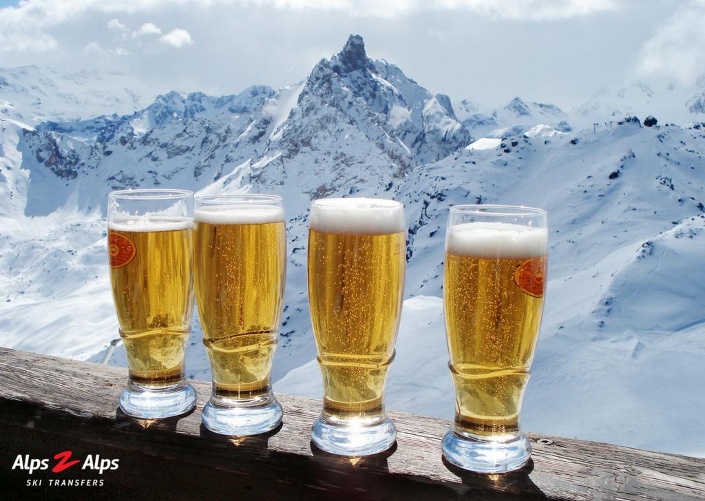 Apres skiing beer