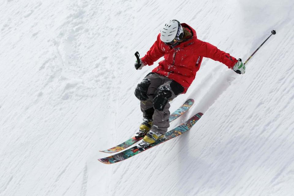 Skiing winner